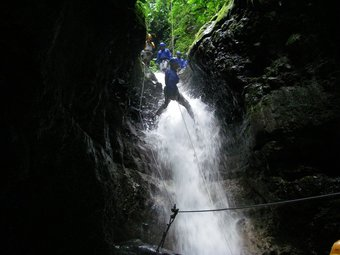 Waterfall Rapelling tour